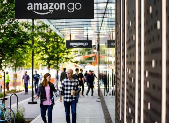 十年后亚马逊将走向何方 该公司可以实现巨大的发展但仍有很长的路要走