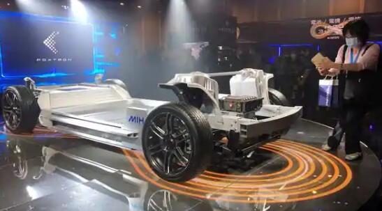 苹果组装商富士康计划到2027年供应300万辆电动汽车