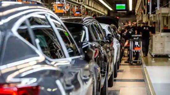 欧洲汽车销量以令人惊讶的年度首次回升为绿色
