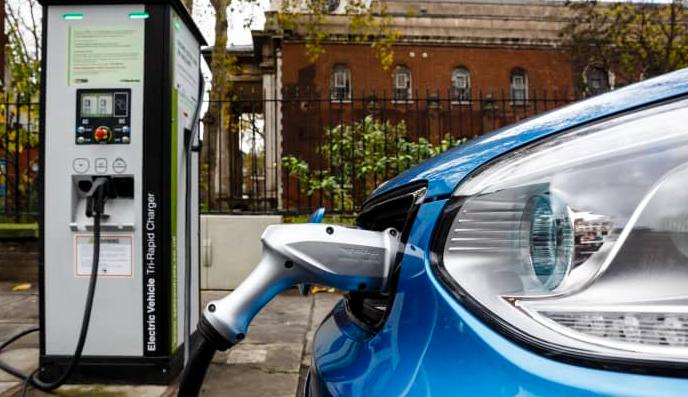 英国计划从2030年起禁止销售柴油和汽油车
