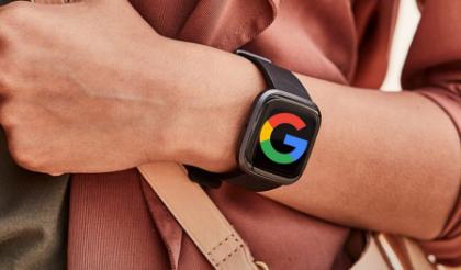 谷歌说它仍然真的想购买Fitbi
