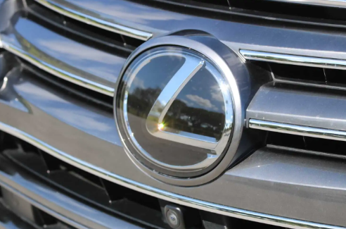雷克萨斯可能推出与LX分开的豪华车架式越野车