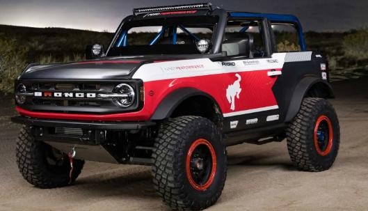 福特Bronco 4600赛车准备占领沙漠