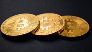 比特币市值突破1万亿美元达到新的里程碑