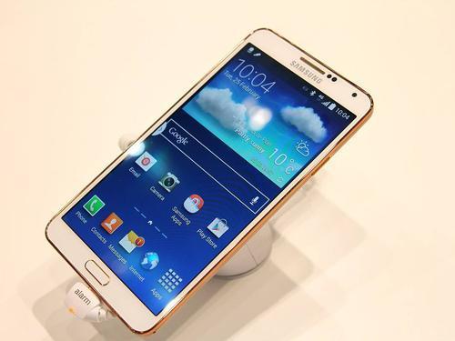 三星GalaxyZFold3与其前任一样售价约2,040美元