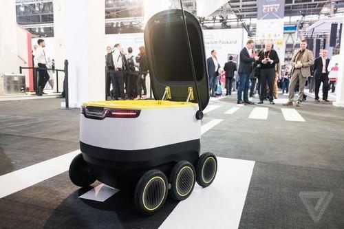 这款智能配送机器人方糖采用了以视觉为主的融合导航技术