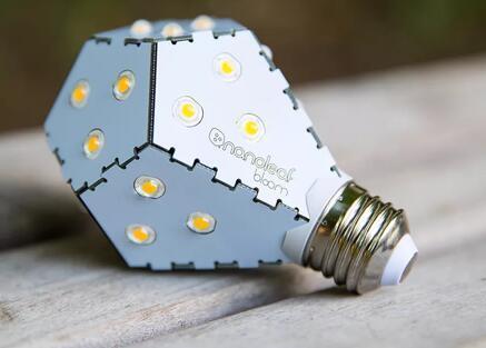 NanoleafBloomLED无需调光器即可变暗