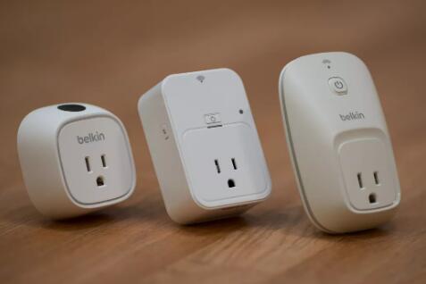 DLinkWiFi智能插头可远程控制您的小家电