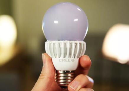 LED灯亮我们为您的降压选择最佳的灯泡升级