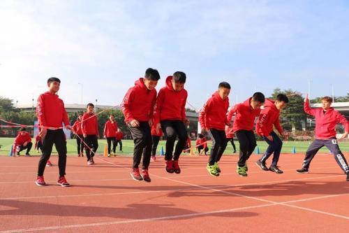 通知要求开齐开足体育与健康课程还要求保证体育活动时间
