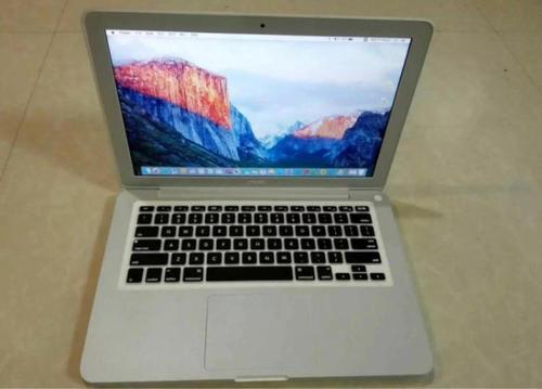 苹果为某些13英寸MacBookPro提供电池更换计划