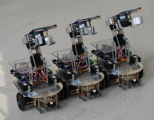 这款用肌肉细胞和3D打印机制造出的会游泳的小型软性机器人