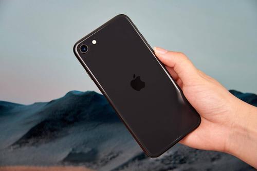 苹果目前正在利用这个宽限期来隐藏公司的大部分现金