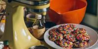 KitchenAid推出激情红心皇后系列庆祝 100 周年