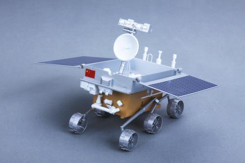 为日本宇宙航空研究开发机构向月球运送小型月球车