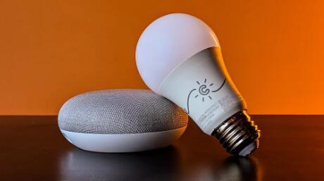 谷歌Home应用程序可以轻松设置这款GE智能灯泡