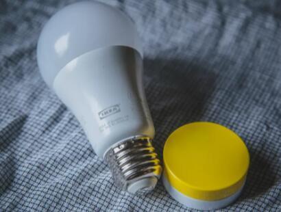 宜家智能灯泡现在通过苹果HomeKit点亮