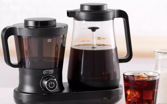 这台咖啡机实际上可以快速制作冷泡
