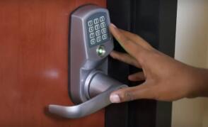 智能锁制造商不小心将其客户拒之门外