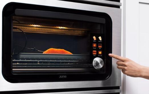 内置版本的烤箱可识别您的食物
