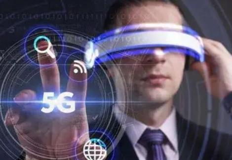 虚拟现实的上述特征使其成为智慧教育的支撑性技术之一