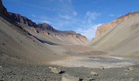 麻省理工学院发表地球最早的生命可能在池塘而不是海洋中